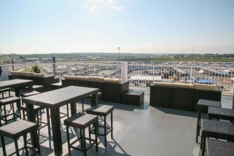 Crosley Club Terrace